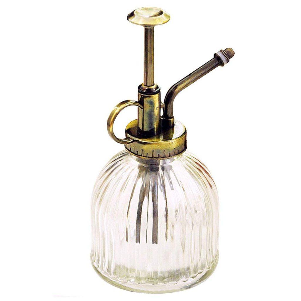 vaporisateur plantes vintage transparent - La Revue Vertu