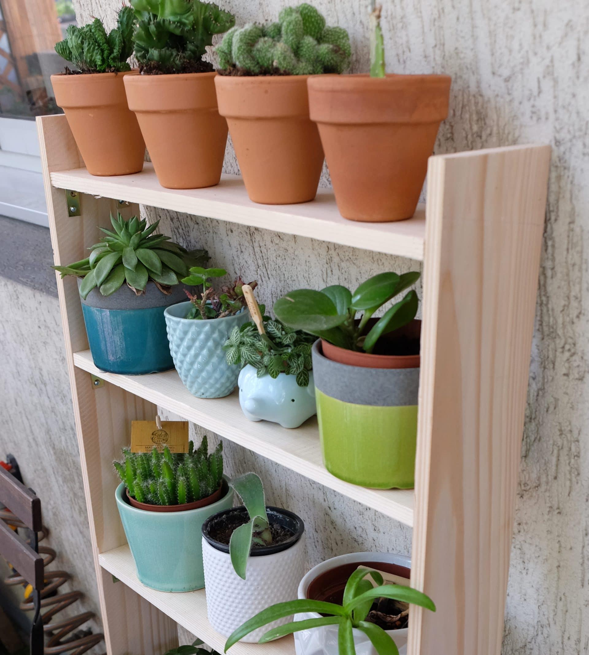 Fabriquer Une Étagère Pour Plantes fabriquer une étagère à plantes pour un balcon étroit - la