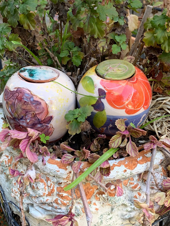 Oyas en céramique fleuries La Revue Vertu