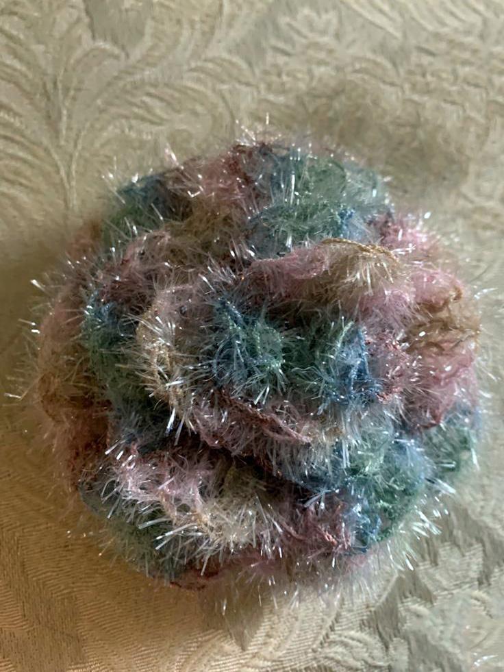 éponges écologiques tawashi crochetées fleur